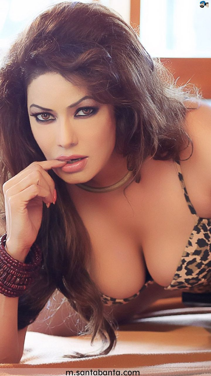 See the latest photoshoot of Poonam Jhaver in transparent bikini.