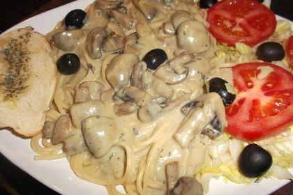 Spaghetti mit Gorgonzola - Pilz - Sauce