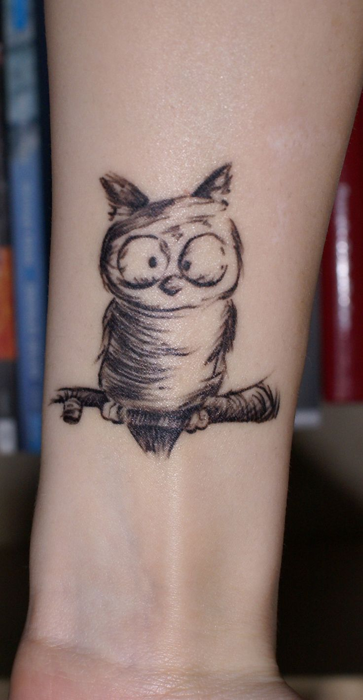 Owl tattoo...I LOVE this one!