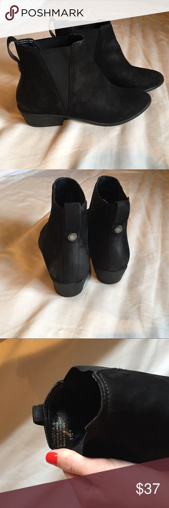 Steve Madden Neoma ankle bootie Super comfortable, worn a handful of times, black Steve Madden Neoma bootie, size 8 Steve Madden Shoes Ankle Boots & Booties
