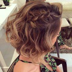 """""""Bom dia! Olha esse penteado que lindo via @maloonyfarias ❤"""""""