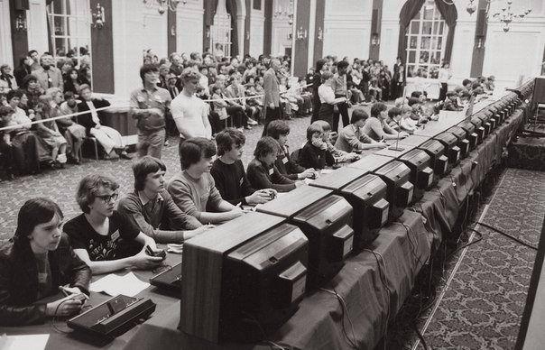 Национальный чемпионат по Space Invaders, организованный Atari в 1980 году.