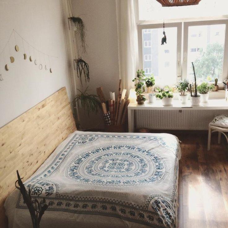 Awesome Einfache Dekoration Und Mobel Sommerliche Textilien #9: Eine Hübsche, Sommerliche Deko-Idee! Eine Große Tagesdecke Mit  Orientalischen Mustern Lassen Vom