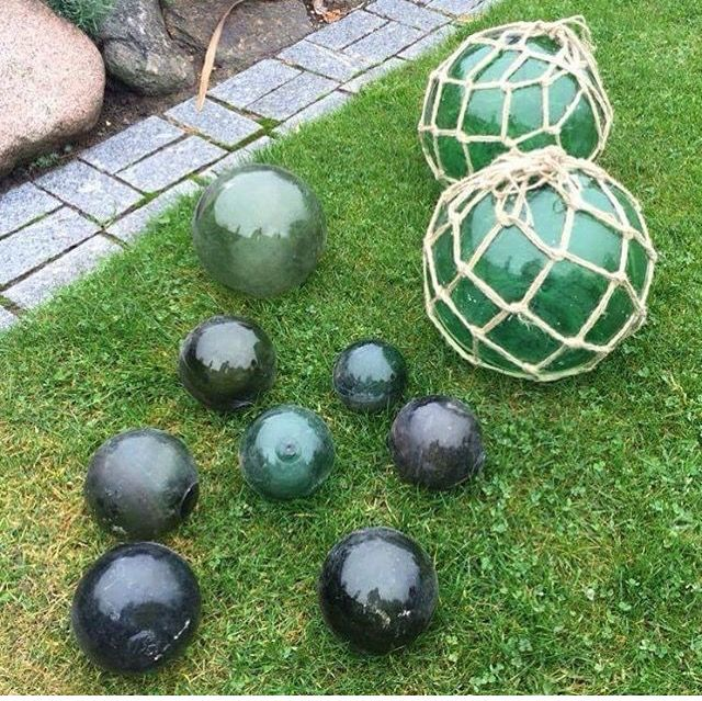 Glass fishing floats in different sizes