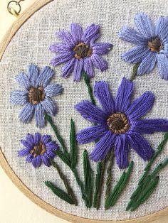 Pequeñas flores de color púrpura