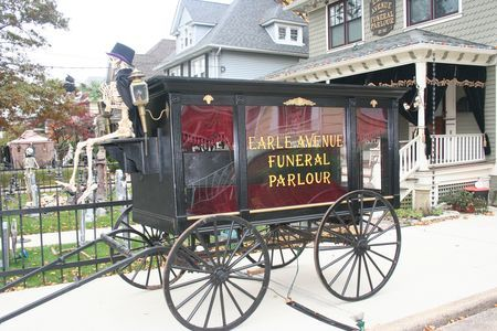 DIY Victorian Hearse for Halloween Prop