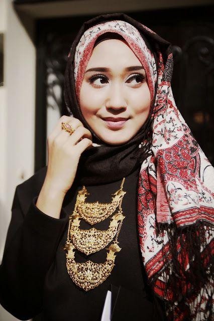 Dian Pelangi Perwakilan Indonesia di Louis Vuitton