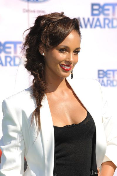 How to get the red carpet hair style. Messy braid like Alisha keys. Celebrity hairstyle