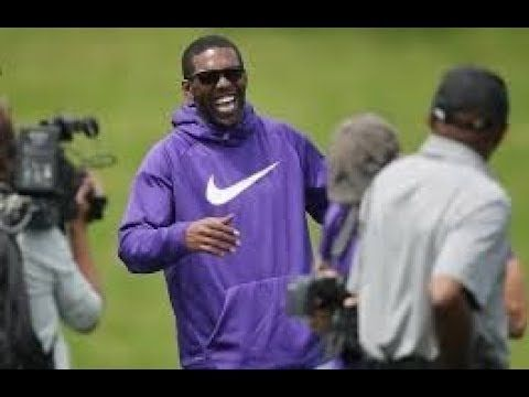 Ring of Honor induction means Randy Moss will stay a Viking As he welcomed Randy Moss into his teams Ring of Honor on Monday afternoon Vikings owner Zygi Wilf reminded the SuperFreak of a guarantee he thought he had with former owner Red McCombs as the Wilf family was purchasing the team 12 years ago. As Ive told you before one of the conditions [in the sale] was that you were going to stay with us Wilf told Moss while presenting him with his purple jacket during a midday ceremony in the…