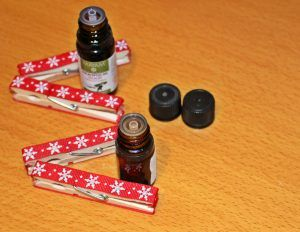 Easy diy perfume clothes pin - christmassy