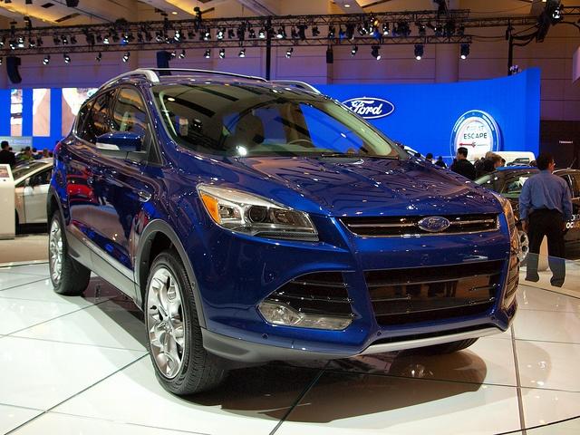 Ford Escape 2013: hands-free operation, motion sensor doors, park-assist, blind spot detection Visit http://www.holmestuttle.com/