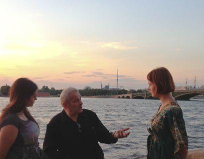 Вечерние и не только прогулки небольшой компанией,  не торопясь, в историческом сердце Санкт-Петербурга.