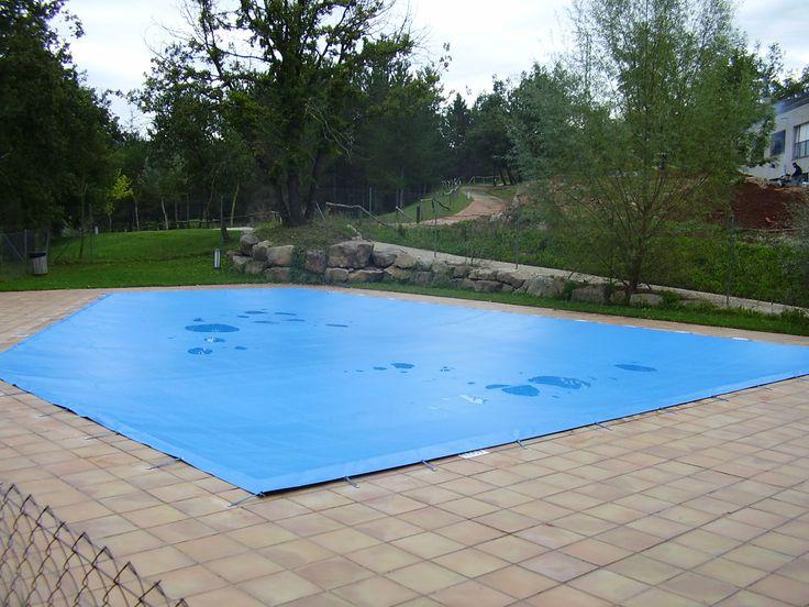 Tendal de PVC per a cobrir piscina a l'hivern