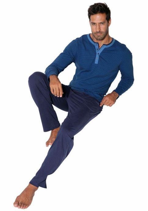 Пижама ArizonaДля комфортного сна рекомендуем пижаму от H.I.S. Верхняя часть выполнена в виде лонгслива в полоску с окантованным круглым вырезом. Однотонные длинные брюки с удобным поясом на кулиске и карманами. Модель из приятного для тела хлопкового материала.
