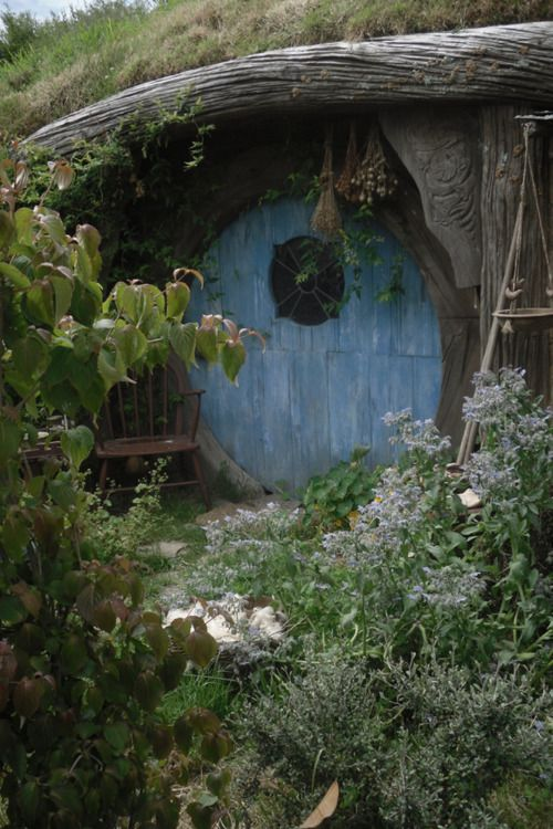 HobbithousesHobbit Hole, Blue Doors, The Hobbit, Hobbit Home, Dreams House, House Doors, Gardens, Hobbit Houses, Hobbit Doors