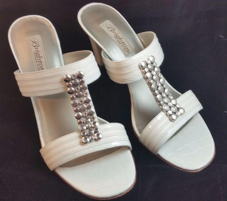 Brighton Resort Sandals White Size 9, Excellent Condition Retails $205 #Brighton #Slideheel