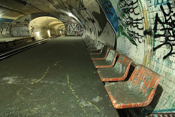 Paris Metro Ghost Station