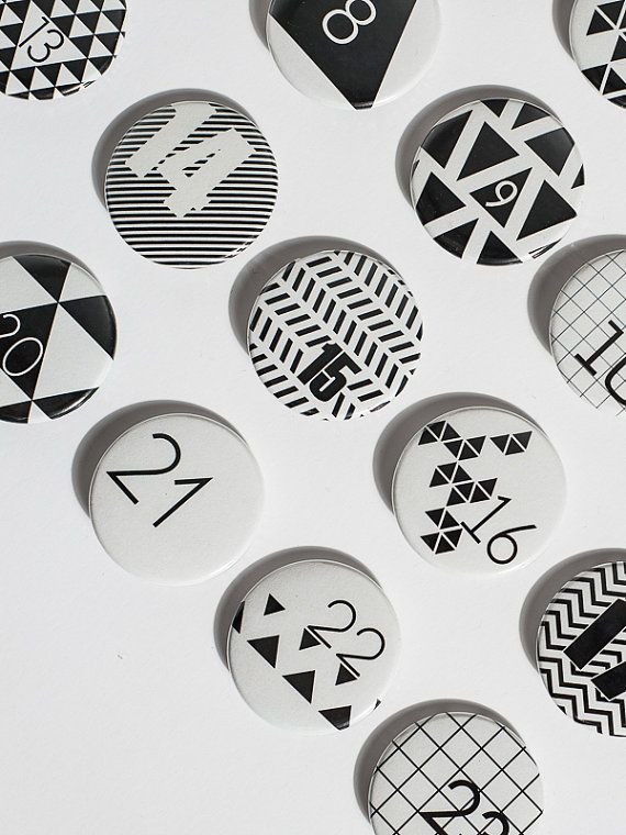 24 Advent calender Buttons par niceniceniceDE sur Etsy