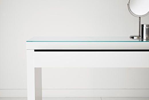 IKEA Kampauspöydät