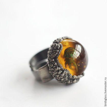Copper & glass ring / Кольца ручной работы. Заказать Кольцо янтарная медузка. Виталий Businist. Ярмарка Мастеров. Медуза, золотистый, медь