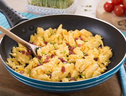 How to Make Perfectly Fluffy Scrambled Eggs