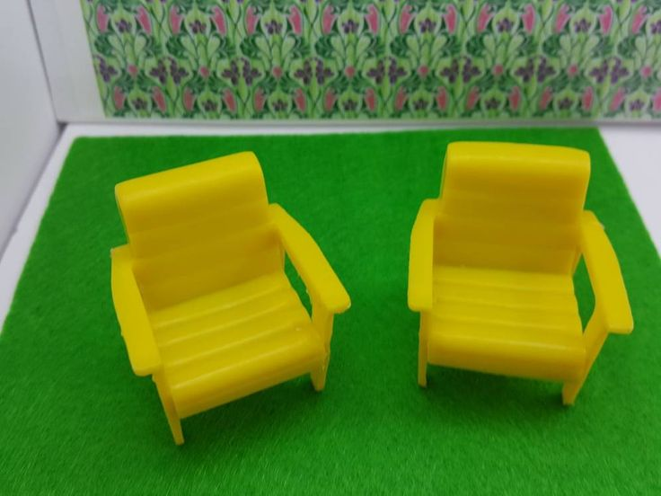 Marx Traditional Yellow Deck Chairs Soft Plastic Arm Chairs Patio or Laundry room #louismarx #miniatures