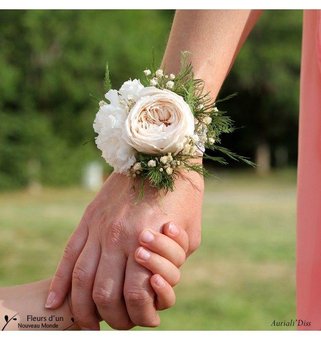 bracelet fleurs naturelles pour mariee bijoux co teux. Black Bedroom Furniture Sets. Home Design Ideas