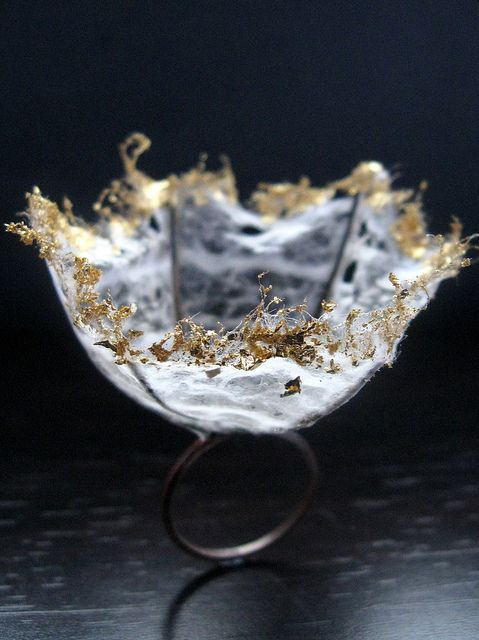 The Last Waltz by Quercus Silver - for a ring a day challenge. This ring is made of stainless steel and sterling silver with japanese washi paper and gold leaf.