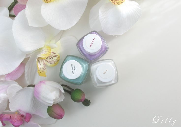 Essie Blanc Essie Mint Candy Apple und Essie Play Date für das Dry Brush Nageldesign mit Tutorial und Anleitung von Lackelfe auf I need sunshine Beautyblog