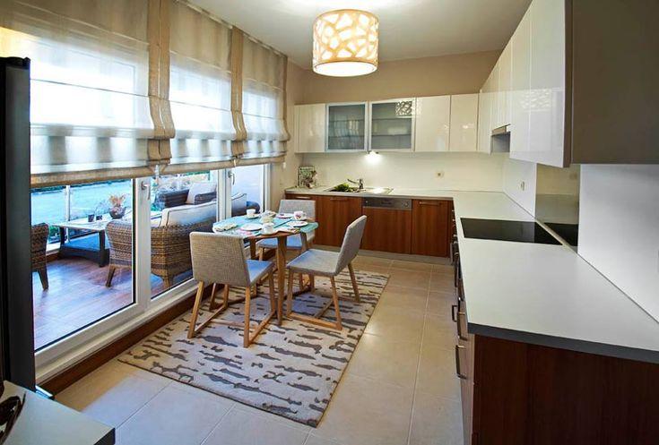 Beyaz kahverengi mutfaklar
