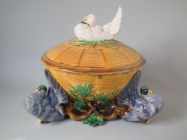 Minton Majolica pigeon pie tureen & cover