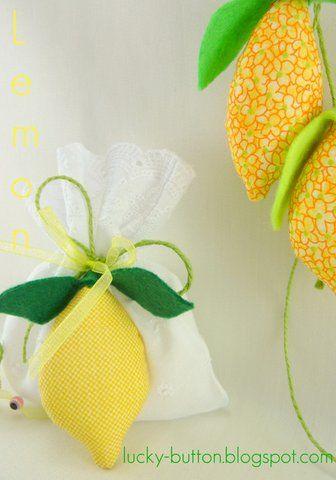 Το τυχερό κουμπί: υφασμάτινα φρούτα