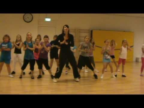 Waka Waka zumba routine for kids