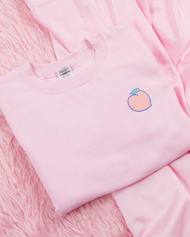 Pre-order Peachy Tee