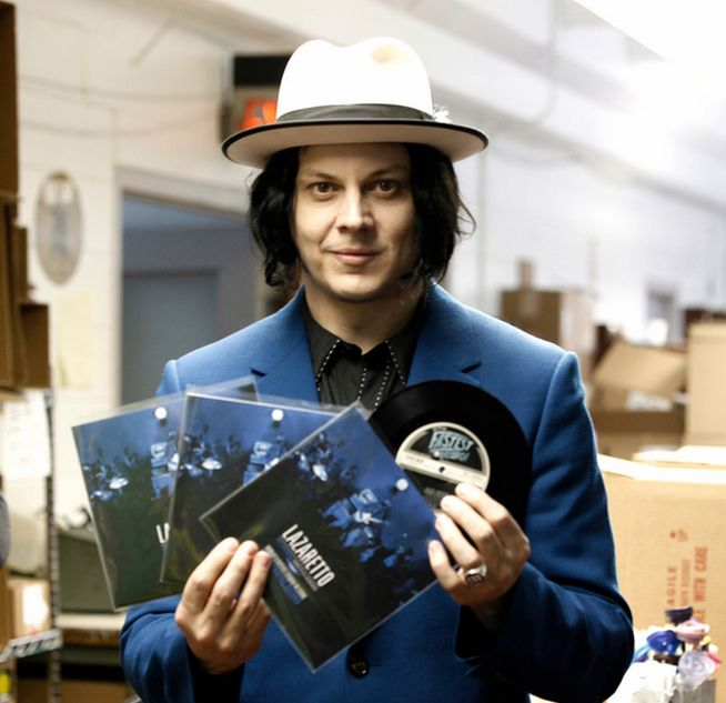 Jack White's Lazaretto is the best-selling vinyl LP since 1994