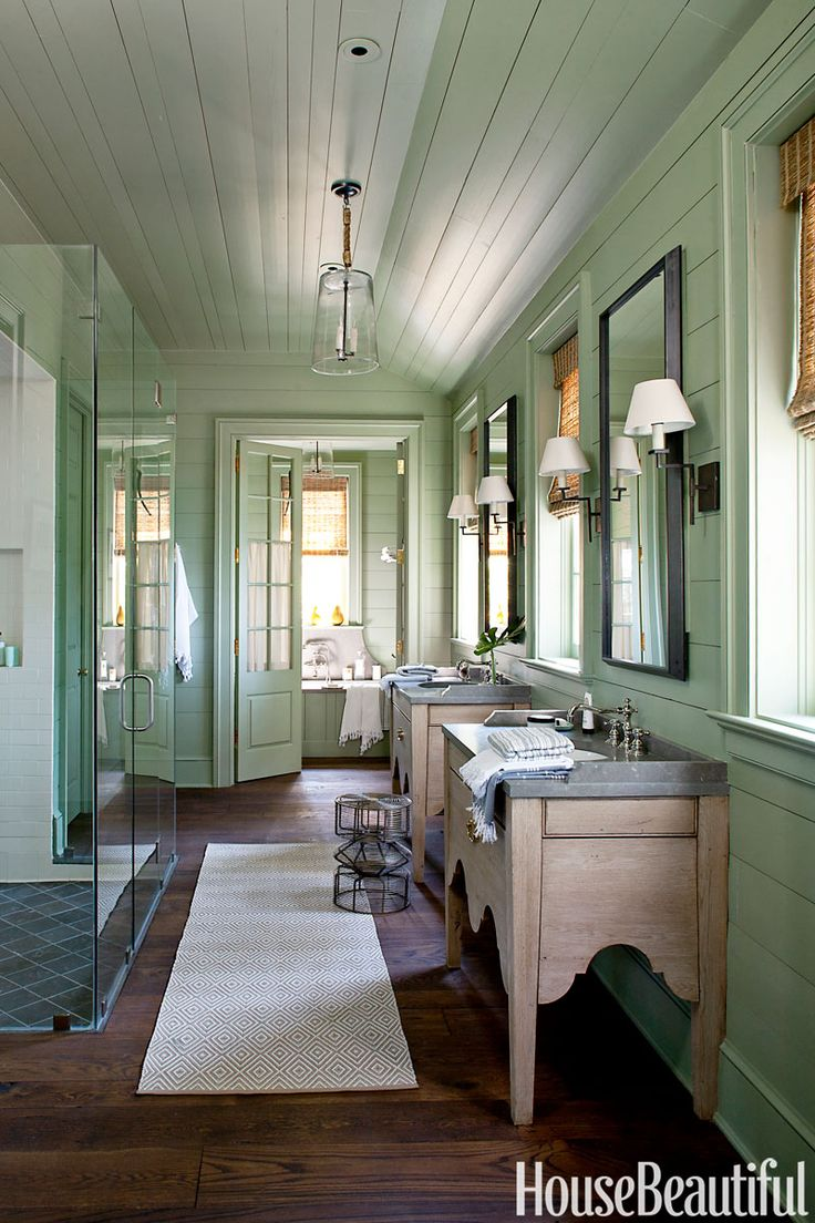 Leafy green bathroomBathroom Design, House Beautiful, Lakes House, Porches Enclos, Colors, Green Bathroom, Bathroom Ideas, Medicine Cabinets, Bathroom Decor