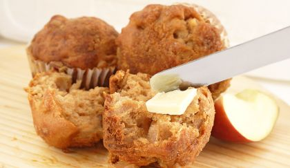 Dolci senza burro: muffin integrali alle mele, poche calorie e gusto top! | Cambio cuoco