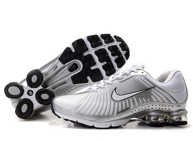 Mens Silver White Black Nike Shox R4 Shoes 880453