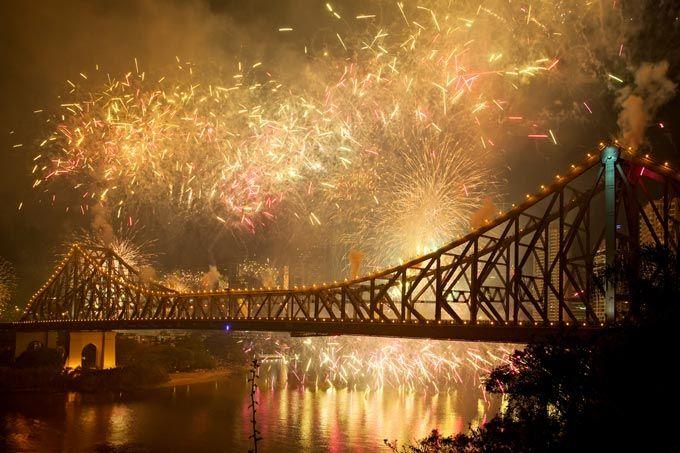 story brisbane bridge fireworks - Google Search
