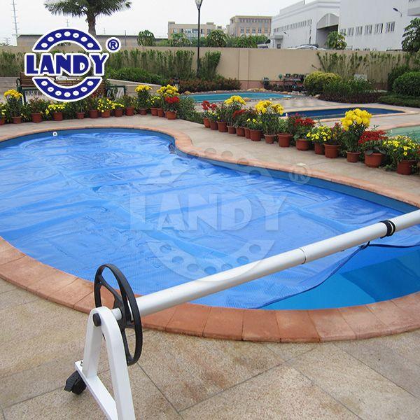 kidney pool solar cover, solar blanket reel. #pool #reel #solarcover #solarblanket #coverroller #spas #Landy