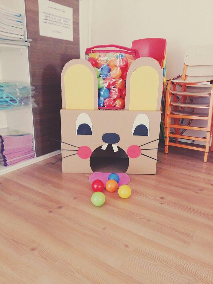 Sadece bir kutudan hazırlayabileceğiniz renklerin öğrenilmesini kolaylaştıran eğlenceli bir faaliyet :)