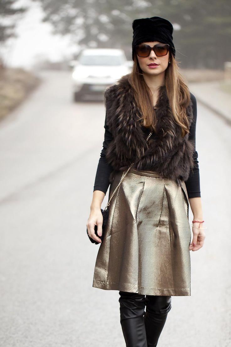 #midiskirt & # leatherleggins Style by #theladiescoffee.com