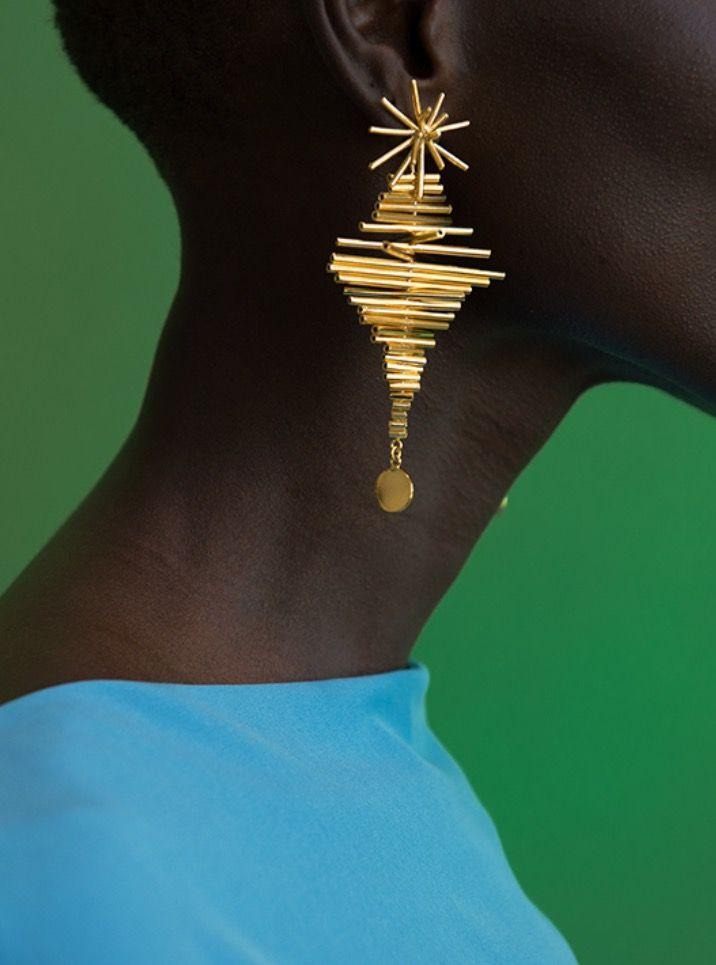 Ego I by Paula Mendoza or Where jewelry meets art