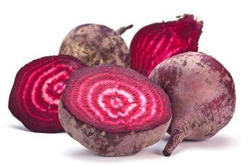 Rode bietjesstamppot met tofu: http://www.gezondheidsnet.nl/wat-eten-we-vandaag/recepten/9969/rode-bietjesstamppot-met-tofu #recept #vegetarisch