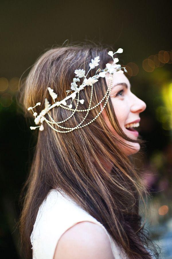 i love her headband!