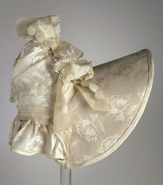 Brocaded silk wedding bonnet, American, 1830s.