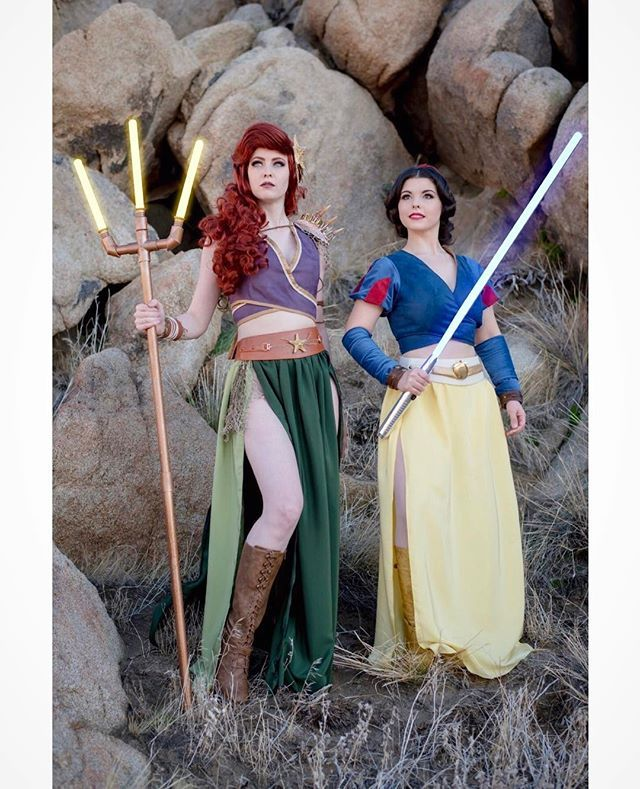 """""""A Jedi with the force...will conquer""""⭐️ ✨Excited to find out today that the title of the new Star Wars film is The Last Jedi. Cannot wait to see what the next film reveals to us! So here's a shot from our Jedi Princess shoot I was a part of. With @maidofmight as Jedi Ariel Original top & skirt by @elizabethrage, arm wraps & sleeves by me✨sabers by @jedidudejay"""