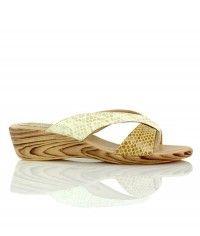 B-52 - Gloss tan sand beige wood-grain wedge thongs$49.00 #shoeenvy #shoes #fashion #instalove #pretty #ethical #glamorous