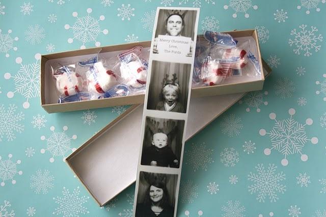 : Christmas Cards, Gift, Cards Ideas, Photo Ideas, Photo Booths, Holidays Cards, Cards 2010, Xmas Cards, Simply Radiant