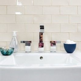 Luxury Bathroom Sink Tile Backsplash